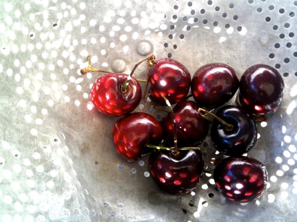 A Bowl of Cherries | ©2014 HouseofHank.me